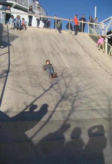 Sliding ramp