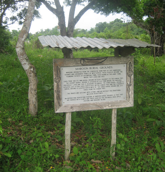 Maroon burial grounds, Accompong
