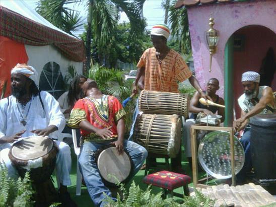Akwaaba Drummers
