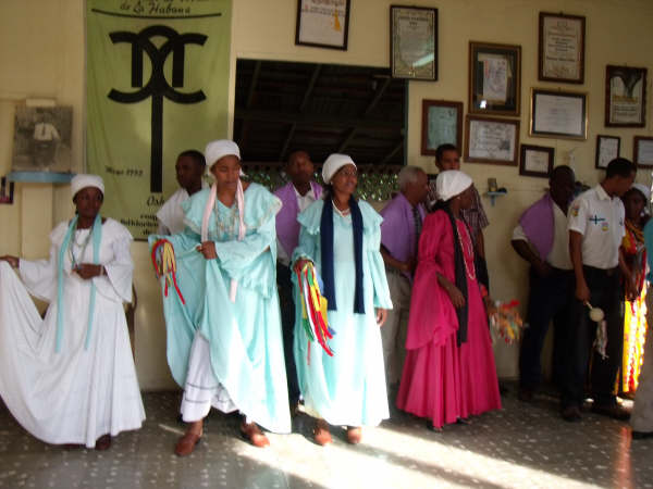 Haitian Cubans ready to dance Tumba Francesa