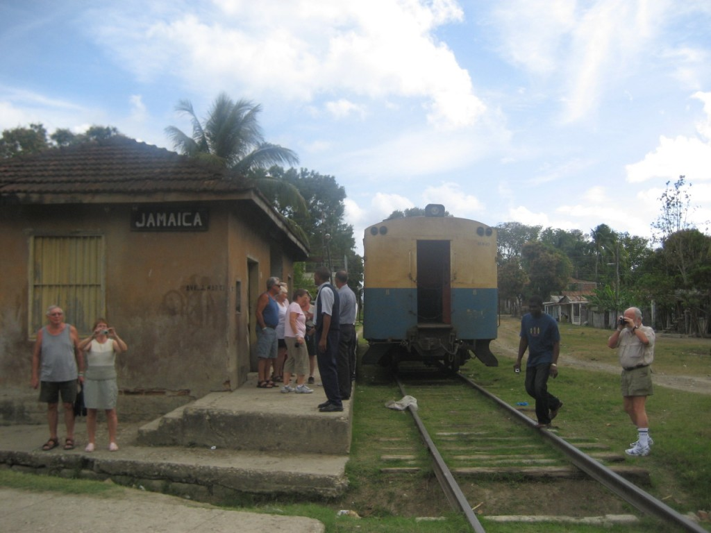Train arrives with tourists