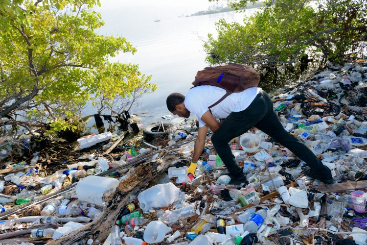 Plastic pollution in Jamaica
